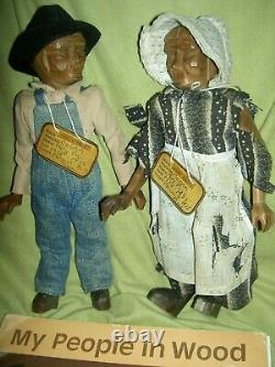 PAIR antique 1930, Pleasant Hill Academy carved wood primitive Appalachian dolls